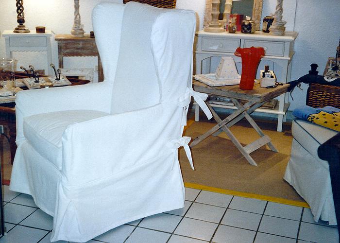 Artisan couturière et créatrice, réalisation d'accéssoires et mobiliers....