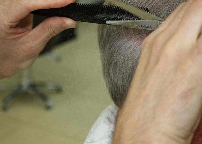 Tous les styles de coiffure et de soins traditionnels et spécialisés