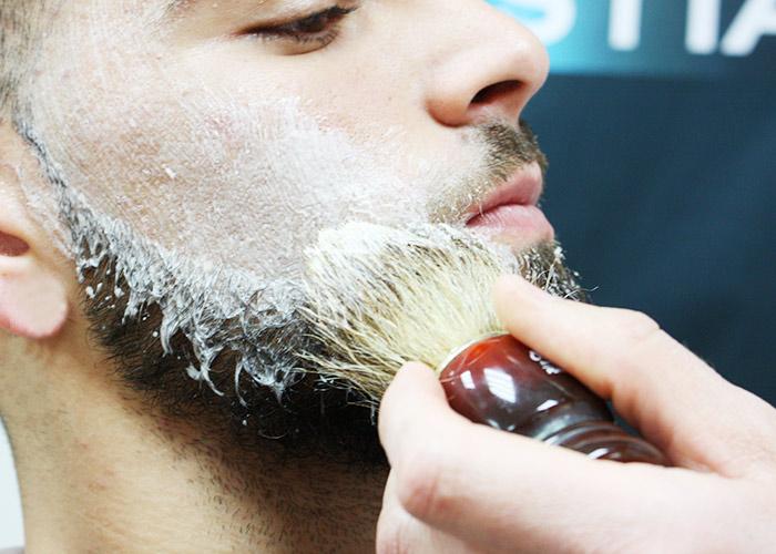 Votre barbe, un accessoire de mode distinctif et un atout de séduction