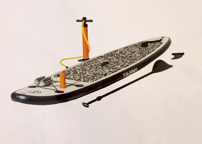 Une sélection d'équipements de loisirs pour le bateau avec des produits sport et loisirs