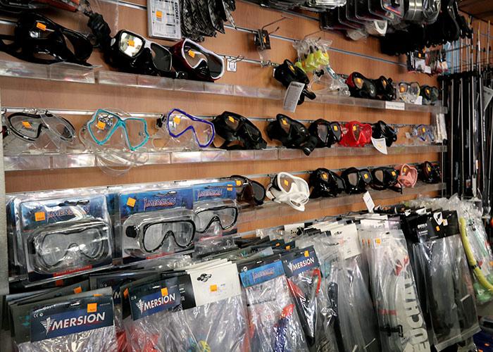 Boutique Nautique, Hall Nautique, Spécialiste de la mer, masque sous-marin