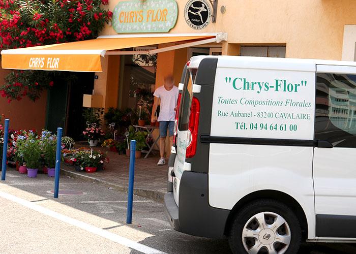 A Cavalaire depuis 1992, Chrystelle est à votre disposition pour toute composition florales