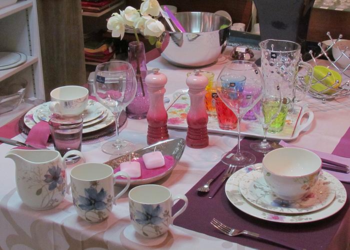 Table dressée Vaisselle Villeroy & Boch. La belle Image Cavalaire, 83 Var