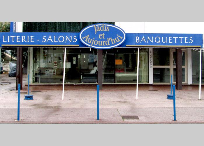 Le magasin Jadis et Aujourd'hui est à votre disposition à Cavalaire-sur-Mer, Var - 290 Avenue du Maréchal Lyautey